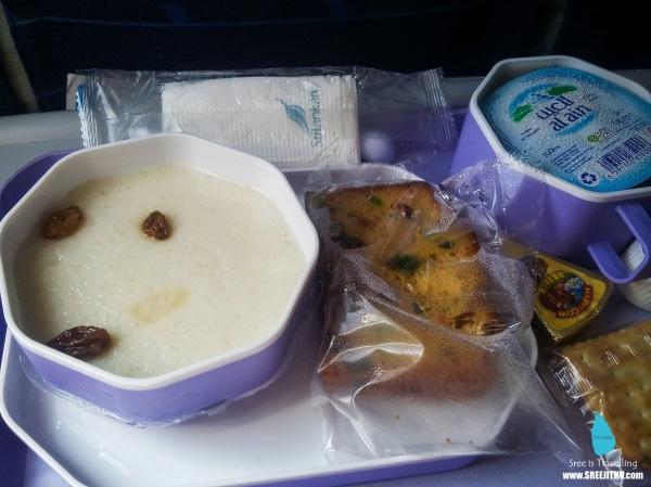Snacks on-board Mihin Lanka