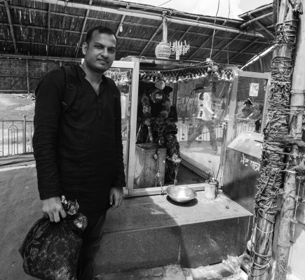 Bullet Baba Temple – Sree is travelling (3)