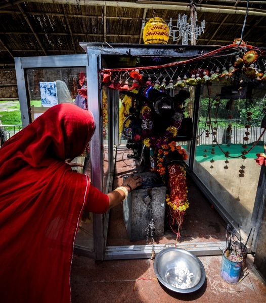 Bullet Baba Temple – Sree is travelling (4)