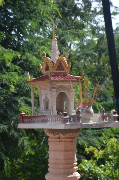 Wat Phnom, Cambodia - Sree is Travelling (6)