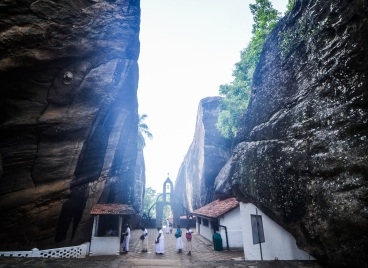 Aluvihara cave temples, sree is travelling (17)