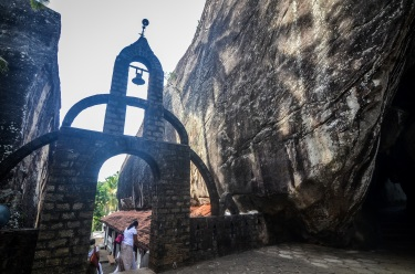 Aluvihara cave temples, sree is travelling (19)