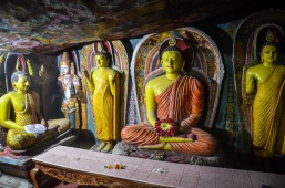 Aluvihara cave temples, sree is travelling (4)