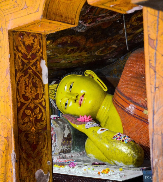 Aluvihara cave temples, sree is travelling (8)