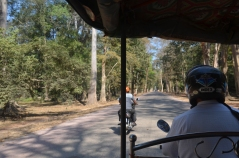 Tuk-tuk tour of Angkor Wat