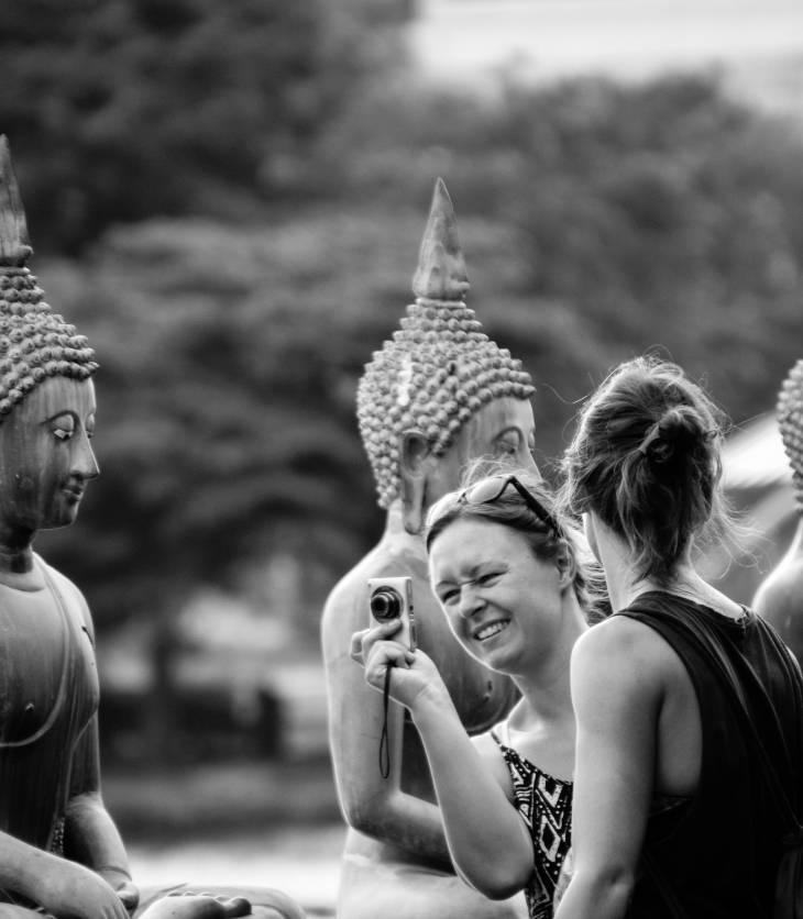 Buddha and Tourists, Sri Lanka