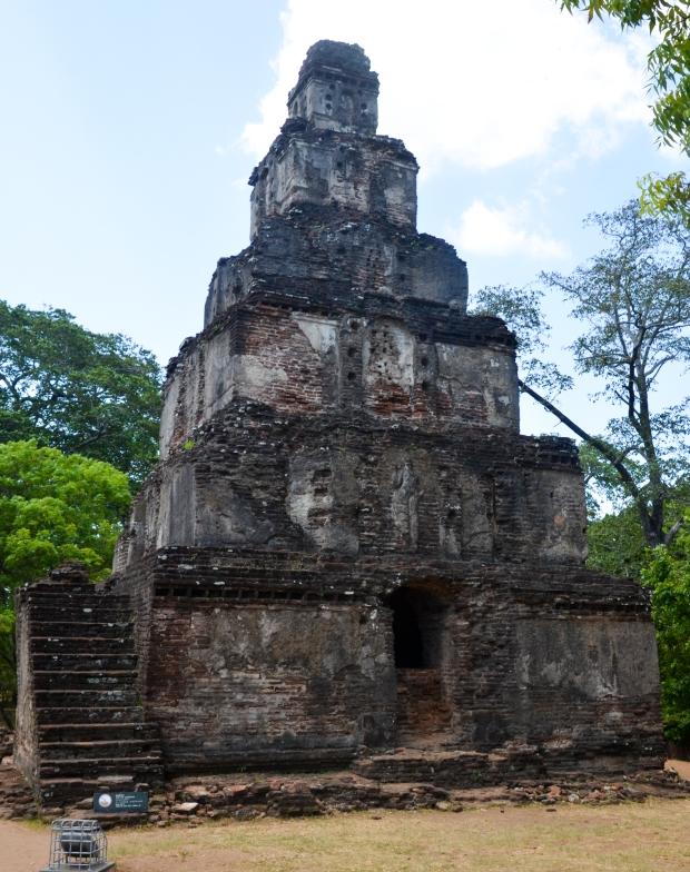 Sathmahal Prasada, Polonnaruwa