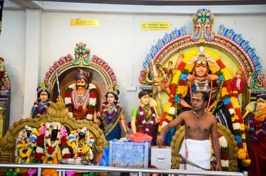 Sri Mariamman Kovil, Singapore - Sree is Travelling