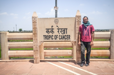 Tropic of Cancer, Bhopal, India, sree is travelling